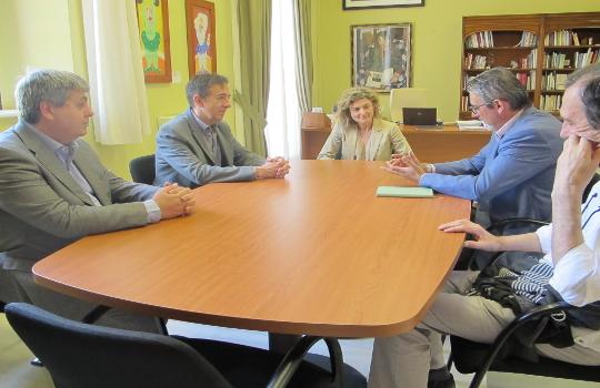 La Universidad de Cádiz internacionalizará sus libros tras la firma de un acuerdo con Podiprint