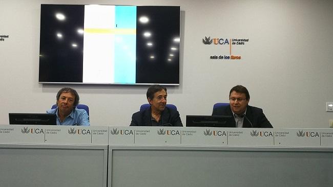 Presentado Cuestiones y ejercicios de electrónica,   analógica y digital, última novedad del Sello Editorial UCA